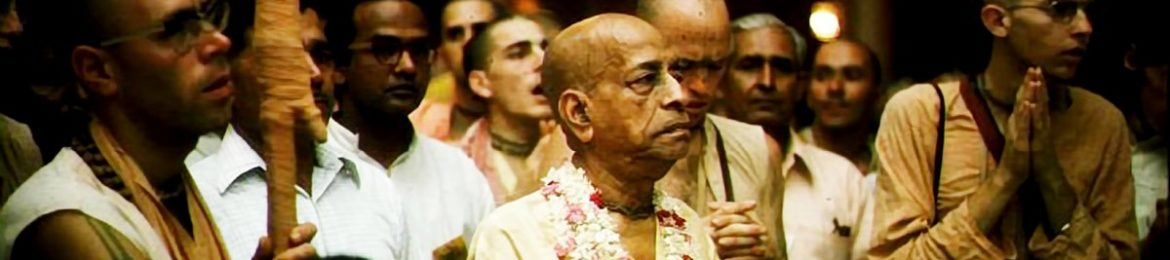Srila-Prabhupada-looking-at-Krishna-Balaram-Deities-Vrindavan-India